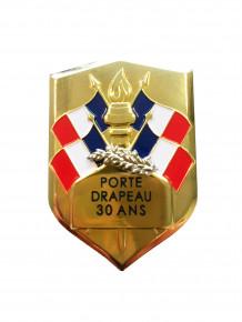 Remise d'insignes de porte-drapeau